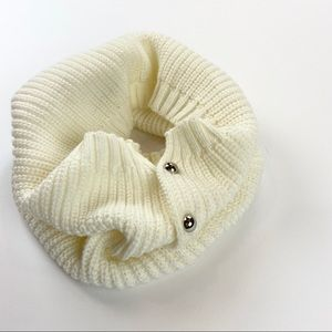 White Chunky Knit Infinity Scarf